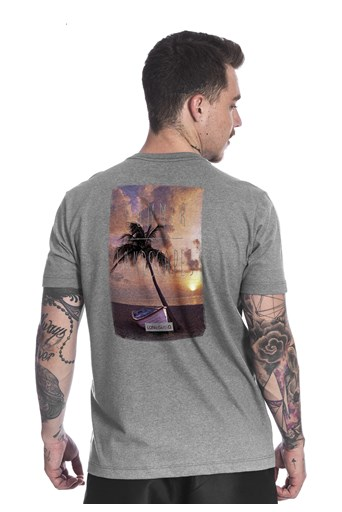 Camiseta Long Island Land Cinza